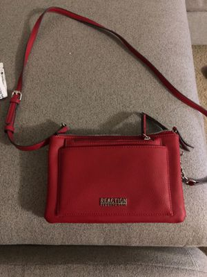 Kenneth Cole Reaction handbag for Sale in Bloomington, IL
