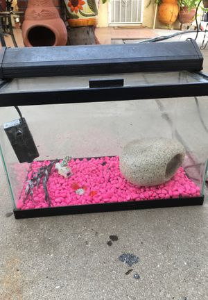 Aquarium for fish with filter for Sale in Los Angeles, CA