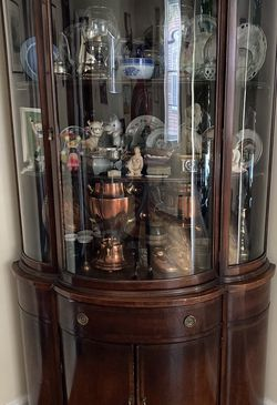 Antique Corner Curio Cabinet with Bowed Glass by Union National for Sale in Baltimore,  MD