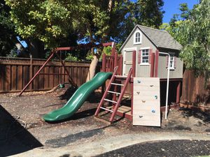 Loft Playhouse and swing set for Sale in Fremont, CA
