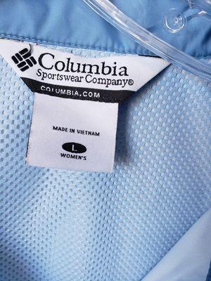 Women's Columbia sportswear hooded rain jacket for Sale in Los Angeles, CA