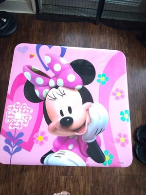 Kid's Minnie mouse table with chair for Sale in Austin, TX
