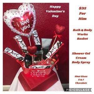 Valentine's day basket for Sale in Stockton, CA