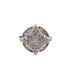 10k diamond ring for Sale in Alexandria, VA