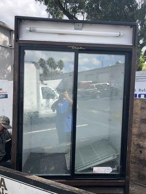 Working True reach in cooler for Sale in Davie, FL
