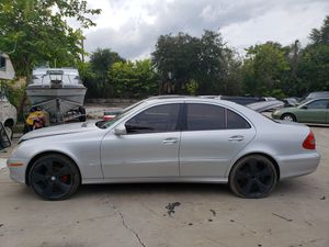 2007 Mercedes E350 part out for Sale in Tampa, FL