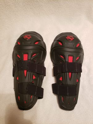 Icon Stryker knee and elbow pads for Sale in Long Beach, CA