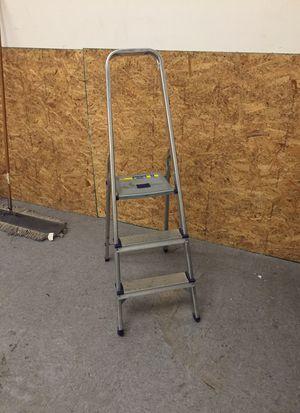 Small step ladder for Sale in Atlanta, GA