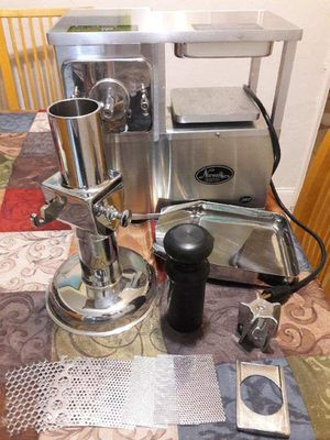 Norwalk 280 (press juicer) for Sale in The Bronx, NY