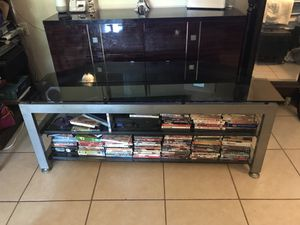 Entertainment Glass TV Stand for Sale in Largo, FL