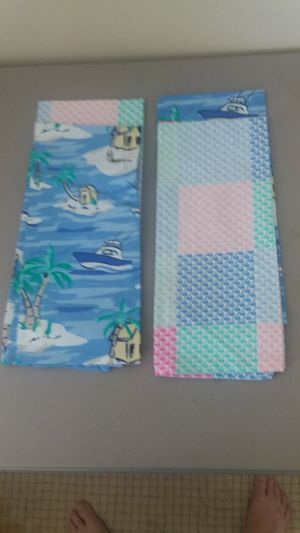 New Kitchen Towels high end designer for Sale in Fontana, CA