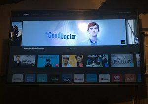 lcd led 55 inch vizio smart TV with smartcast 2160 pic for Sale in Los Angeles, CA