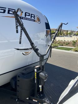 Rack it trailer bike rack for Sale in Chula Vista,  CA