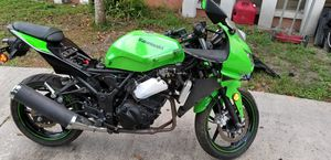 Kawasaki ninja 250cc motorcycle for Sale in Orlando, FL