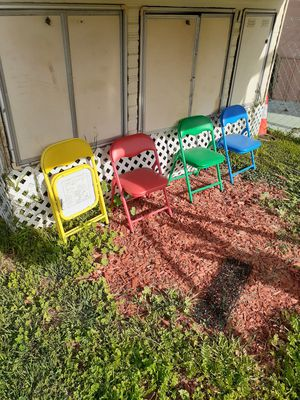 4 kids chairs for Sale in Torrance, CA