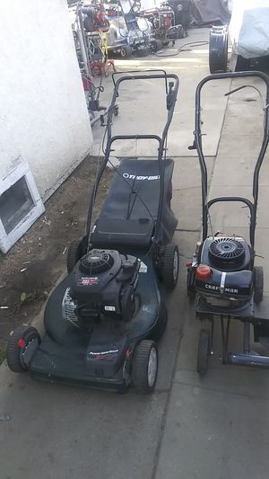 Lawnmower ane edger both working excellent just got them serviced for Sale in Bell Gardens, CA