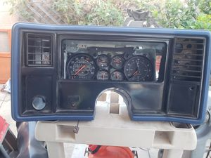 Chevrolet Monte carlo SS gauges instrument cluster for Sale in Long Beach, CA