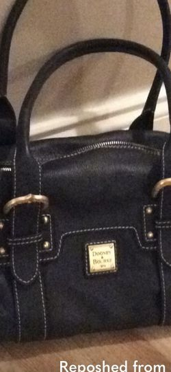 Dooney And Bourke Purse for Sale in Chino Hills,  CA
