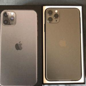 Unlocked iPhone 11 Pro Max for Sale in Aurora, IL