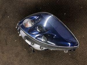Left hlamp 2005 Chevy corvette for Sale in Arlington, MA