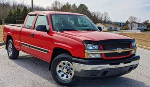 Very Good Condition Chevy Silverado 05 for Sale in Baltimore, MD