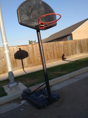Basketball hoop P.u.o for Sale in Dinuba, CA