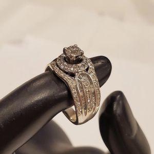 14K Whitw Gold Ladies Wedding Engagement Diamond Ring Size 7 for Sale in Auburn, WA