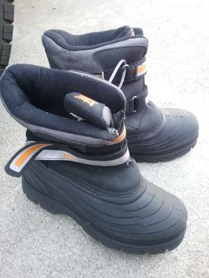 Snow boots, mens 6, like new for Sale in San Jose, CA