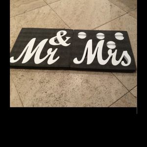 Mr and Mrs wood as a wedding standing sign for Sale in Queens, NY