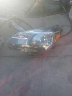 Yaris headlight for Sale in Compton, CA