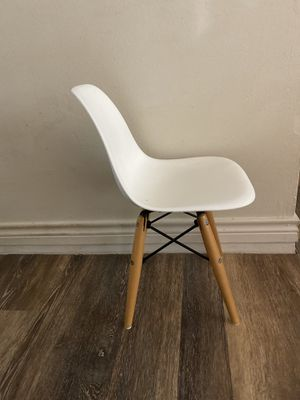 Kids MCM chair for Sale in Spring, TX