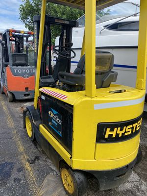 2006 HYSTER FORKLIFT for Sale in Miami, FL