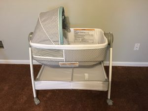 Gracco Dream Suite Bassinet for Sale in Lewisburg, TN