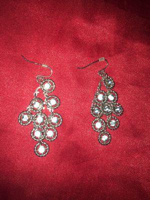 Diamond shaped rhinestone dangle earrings for Sale in Everett, WA