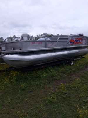 21 foot poontoon boat for Sale in Bruce, MS