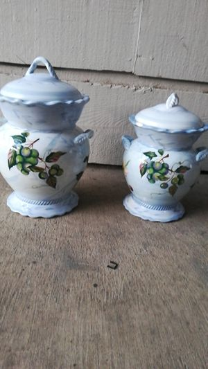 A pair of ceramic kitchen storage a storage container or cookie jars.. for Sale in Plano, TX
