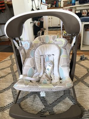 Fisher-Price Deluxe Take-Along Baby Swing & Seat for Sale in Anaheim, CA