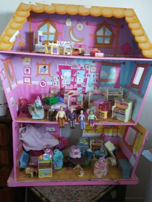 Lalaloopsy doll house for Sale in Parlier, CA
