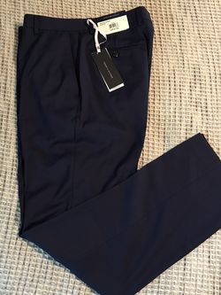 Tommy Hilfiger Men's Dress Pants Slacks 34x32 for Sale in Dallas,  TX