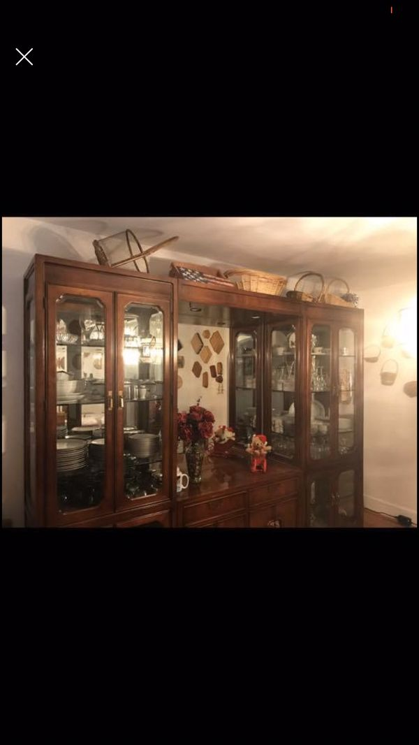 China Press Cabinet with Wood and Glass Table and 6 Chairs