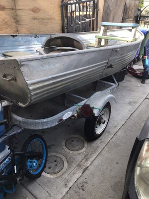 12' Aluminum boat and trailer for Sale in Richmond, CA