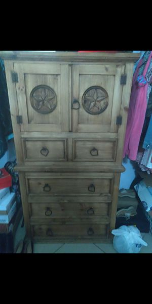 Wood Dresser for Sale in Fort Worth, TX