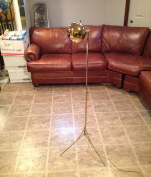 Floor lamp for Sale in West Chicago, IL