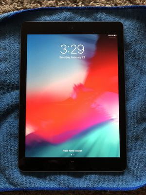 🌟🌟like new Apple iPad 6th generation 32 gig for Sale in Spokane Valley, WA