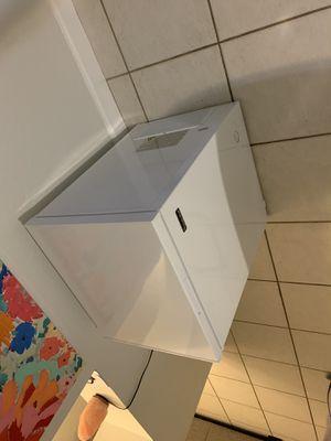 Magic chef freezer for Sale in Miami, FL
