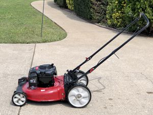 "Murray 21"" Push Mower In excellent condition! Starts with the first pole every time. Serviced and ready to go. for Sale in Murfreesboro, TN"