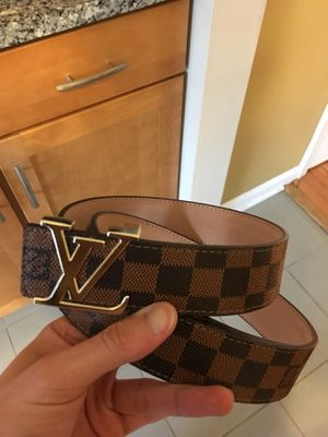 LV Monogram Leather Belt sz 32/34 waist . Excellent condition ! No trades for Sale in Silver Spring, MD