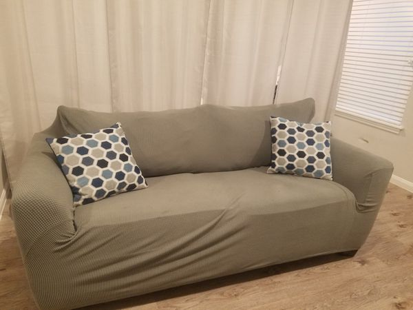 Sofa 2 seat with cover & pillows