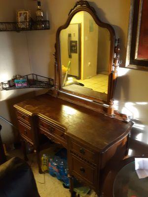 Antique vanity dresser with mirror for Sale in Scottsdale, AZ