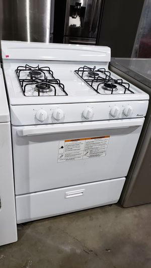 "AMANA WHITE 4 BURNER 30"" GAS STOVE for Sale in Covina, CA"